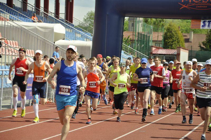 Półmaraton V Sandomierskiego Sportowego Weekendu Kwitnących Sadów